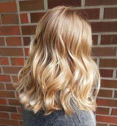 Medium Blonde Hair, Golden Blonde Hair, Honey Blonde Hair, Warm Blonde, Blonde Hair Looks, Blonde Hair With Highlights, Balayage Hair Blonde, Blonde Color, Ombre Hair