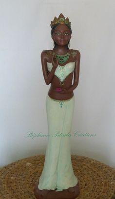 Tara Illustrations, Buddha, Creations, Statue, Artist, Illustration, Sculptures, Sculpture, Illustrators