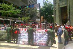 VENEZUELA COLAPSA POR LOS 4 COSTADOS: Ex-rebeldes del 4F protestan contra el régimen de Maduro