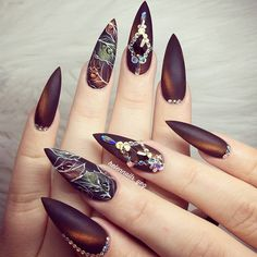 Best stiletto nails for 2018 - 89 trending stiletto nail designs - best nail art Stiletto Nail Art, Matte Nails, Gel Nails, Manicure, Nail Polish, Acrylic Nails, Coffin Nails, Beautiful Nail Art, Gorgeous Nails