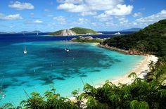 Deadmans Beach, Peter Island. Localizada ao sul de Tortola, a principal ilha das Ilhas Virgens Britânicas, Peter Island é um pequeno pedaço de terra com 1620 hectares banhados pelas águas do Caribe, do oceano Atlântico e do canal Francis Drake (foto: Eduardo Vessoni)
