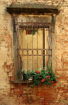 Tuscan Window by Bawmer, via Flickr