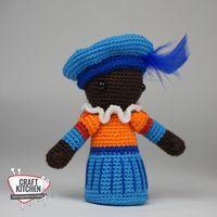 haak-zwarte-piet-met-christel-krukkert Crochet Diagram, Free Crochet, Knit Crochet, Crochet Hats, Viria, Knitting Patterns, Crochet Patterns, Smurfs, Diy And Crafts