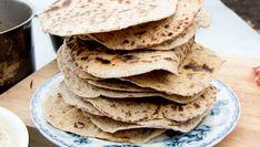 Foto: Eva Robild / SVT Crackers, Love Food, Crisp, Bakery, Food And Drink, Rugs, Breakfast, Ethnic Recipes, Sweet