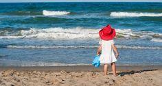 Best beaches Poitou-Charentes Poitou Charentes, Sandy Beaches, Salt Lake City, Holiday Ideas, Beach Mat, Places To Visit, Outdoor Blanket, Coast, France