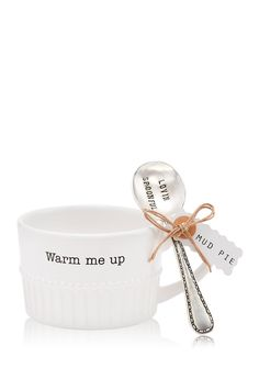 This simple Ceramic chili/soup bowl features raised beaded detail, fluted base and debossed sentiment on the outer rim and arrives with vintage-style stamped silver plate sentiment spoon. It's perfect for gift-giving and can be used year round! Mud Pie Dishes, Chili Soup, Soup Bowl Set, Kitchen Must Haves, Kitchen Collection, Spicy Recipes, Flute, Cool Kitchens, Silver Plate