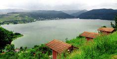 Lacul Cinciş şi misterele sale The Beautiful Country, Beautiful Places, Europe, Mountains, Amazing, Travel, Green, Viajes, Trips
