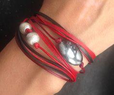 Armbänder - DIY Armband rot-schwarz mit Perlen - ein…