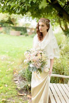 Vintage love. Photography: Maria De Faci Photography - www.mariadefaci.com/  Read More: http://www.stylemepretty.com/destination-weddings/2014/06/04/english-garden-wedding-inspiration/
