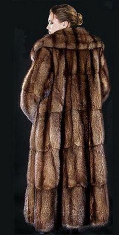 Sable Fur Coat, Mink Fur, Fur Fashion, Womens Fashion, Stunning Brunette, Fashion Guide, Style Guides, Mantel, Grand Luxe