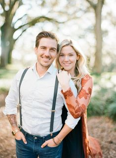 Trendy Bok Tower Gardens Engagement Session by The Ganeys - landschap - Couple Photo Poses For Couples, Couple Photoshoot Poses, Engagement Photo Poses, Couple Posing, Wedding Photoshoot, Engagement Pictures, Couple Shoot, Wedding Photography Tips, Couple Photography Poses