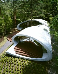 Shell House, Nagano, Japan. A project by: Artechnic Architecture