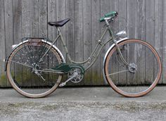 amazing 1940s peugeot! have a 15 years old pink peugeot and i'm loving it!