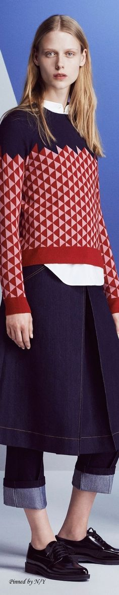 Jil Sander Navy Fall 2016 RTW | Ohhh, I love this sweater so much.