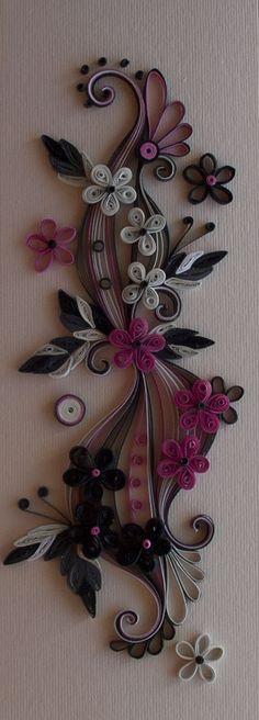 http://nelika-neli.blogspot.it/2011/07/quilling-black-and-purple-8-22.html?spref=pi