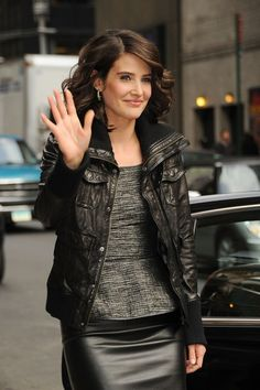 How I met your mother - Robin Scherbatsky - Robin Sparkles - Cobie Smulders - HIMYM