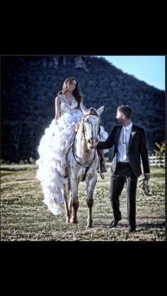 Wedding Photography Inspiration #horse