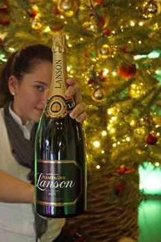 Gewinne eine Flasche Champagner Lanson! Bubbles, Restaurant, Oslo, Bottle, Sign, Champagne, Flasks, Flask, Restaurants