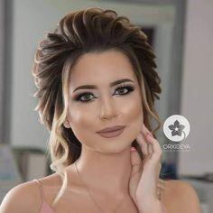 • • • 💄 #makeup #instamakeup #toptags #cosmetic #cosmetics #fashion #eyeshadow #lipstick #gloss #mascara #palettes #eyeliner #lip #lips #tar #concealer #foundation #powder #eyes #eyebrows #lashes #lash #glue #glitter #crease #primers #base #beauty #beautiful Mac Matte Lipstick, Mac Lipsticks, Eyeshadow Palette, Lip Gloss, Benefit Cosmetics, Makeup Cosmetics, Huda Beauty, Beauty Makeup, Up Dos