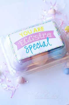 FREE PRINTABLE Easter Tags:: 'EGGstra Special' Printables by Love The Day