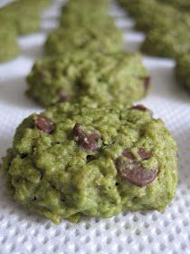 Blessed Homemaker: Aspiring Bakers #3: CNY Cookies (2011) - Matcha Oatmeal Cookies