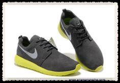 check out 57aac c8cc9 scarpe eleganti Grigio lupo Verde Grass Nike Roshe Run 511881-003 acquisti  on line