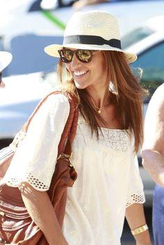 Paula Echevarría: De vacaciones en Ibiza. Julio de 2012.