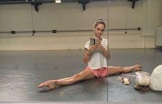 Ballet Poses, Ballet Dance, Dior Lip Glow, Dance Dreams, Pretty Ballerinas, Ballet Photography, Dance Fashion, Fitspo, Lifestyle