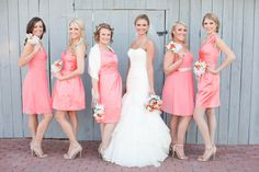 bridesmaid picture that matches everyone's personality! #bridesmaidpicture #weddingdress