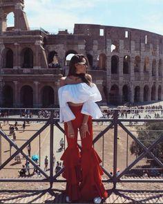 Dilan Deniz Kıyafetleri Chic Outfits, Girl Outfits, Fashion Outfits, Girl Fashion, Fashion Looks, Fashion Design, New York Photography, Western Outfits, Minimal Fashion