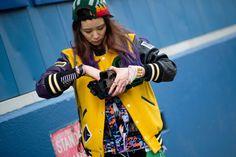 Newyork Fashion Week Street Wear http://www.luxfashionblog.com/new-york-moda-haftasinda-sokak-modasi-izleri/