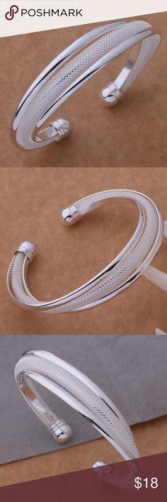 Silver plated,elegant bracelet Beautiful brand new bracelet👍 Jewelry Bracelets