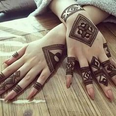 Your Comments About This Hand Henna/Mehndi Design!Fascinating new year mehndi designs for hands and arms are just perfect for enhancing your beautiful appearance and personality. Hardly, there would be any woman who has not applied mehndi on her and Henna Hand Designs, Eid Mehndi Designs, Mehndi Designs Finger, Traditional Mehndi Designs, Mehndi Designs For Girls, Modern Mehndi Designs, Mehndi Design Photos, Mehndi Designs For Fingers, Latest Mehndi Designs