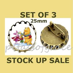 SET  25mm BROOCH pin Christmas Pooh Piglet glass by petalsofgrace, $11.99