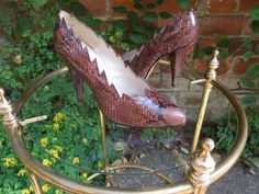 """FRANCOIS VILLON  Superb quality snakeskin courts (pumps), zig-zag edge, 4"""" 4-sided heels, totally snakeskin covered, leather soles with paper leather sticker still attached, virtually unworn. Fine shoes from an uncommon and prestigious Paris maker. Marked 225, believed to be approximately English size 3 (size 35 ½ / 3 / 5 ½)."""