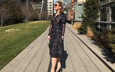 On the NYC Highline. Dress: FeeG, sleeves: Canopi, necklace: Melissa Curry, bag: wildbywater. Photo: Madhur Aggarwal