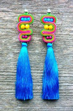 Kolczyki Twist z chwostami Jewelry Making, Drop Earrings, Personalized Items, Handmade, Hand Made, Drop Earring, Jewellery Making, Make Jewelry, Handarbeit