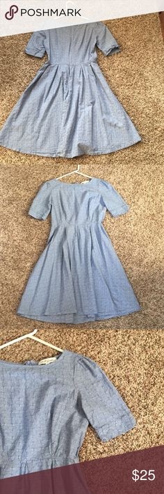 Shabby Apple Dress This shabby apply dress hits just above the knee and has a beautiful cut. Shabby Apple Dresses Midi
