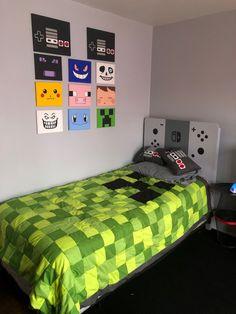 10 Incredible Video Game Room Decor Ideas 10 Incredible Video Game Room Decor Ideas www. Gamer Bedroom, Boys Bedroom Decor, Bedroom Themes, Boys Bedroom Ideas Tween, Minecraft Bedroom Decor, Bedroom Red, Bedroom Designs, Girls Bedroom, Boys Game Room