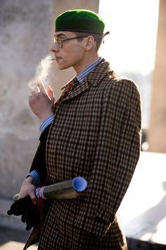 99 Classy Winter Street Style Ideas For Men Modest Winter Outfits, Winter Outfits Men, Simple Outfits, Look Fashion, Paris Fashion, Mens Fashion, Fashion Trends, Fashion Styles, Street Fashion