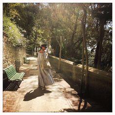 """""""Mi piace"""": 1,711, commenti: 19 - Viviana Volpicella (@vivianavolpicella) su Instagram: """"""""Non ho più notizie di me da tanto tempo"""". (Alda Merini) #lostincapri #fugadicervelli #aldamerini"""""""