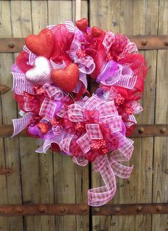 Hearts a flutter valentines day wreath.