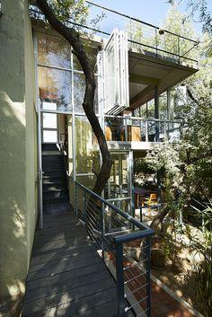 Galeria de Um Estúdio - Casa na Árvore / Phillip Lühl + Nina Maritz Architects - 6