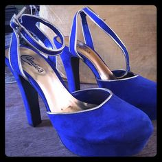 NWOT Candies heels These have never been worn except to try on. Royal blue faux suede with gold trim. Dress up or down. I love the look of them with jeans. Candie's Shoes Heels