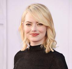Emma Stone fights for equal pay in Hollywood Libri Di Moda f727e943244e