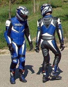 Bikers and more. Bike Suit, Motorcycle Suit, Motorcycle Leather, Biker Wear, Bike Leathers, Biker Boys, Bike Style, Leather Men, Leather Jackets
