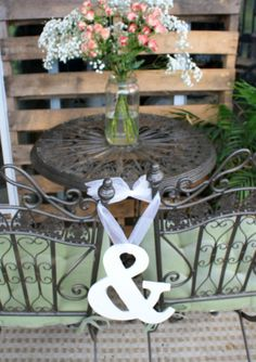 cute white ampersand chair sign. | the apothecary bee. #ampersand #wedding