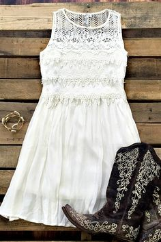 050b521559 Southern Fried Chics is the fastest growing online boutique. With southern  inspired clothing from Missy Robertson to more modern styles like Miss Me  Jeans.