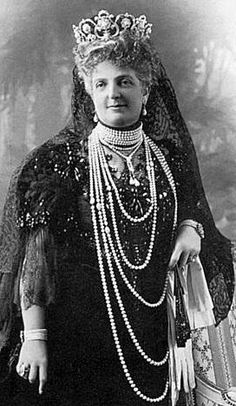 Queen Margherita (Italian- family tiara) wearing the Musy Tiara(her nickname was the Pearl Queen). Had it made at the birth of her grandson, she wore it to his christening and for the rest of her life.
