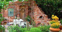 Ruinenmauern, Mauerwerk, Garten, Klinker, Ziegelsteine, bauen, mauern, Ruine, Bruchsteine, Sichtschutz, Windschutz, Bauen